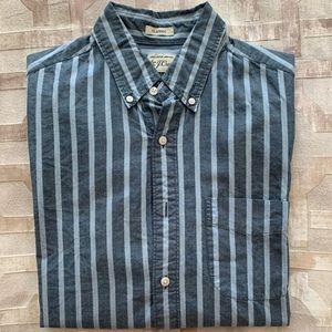 J. Crew Men's classic fit button-down shirt